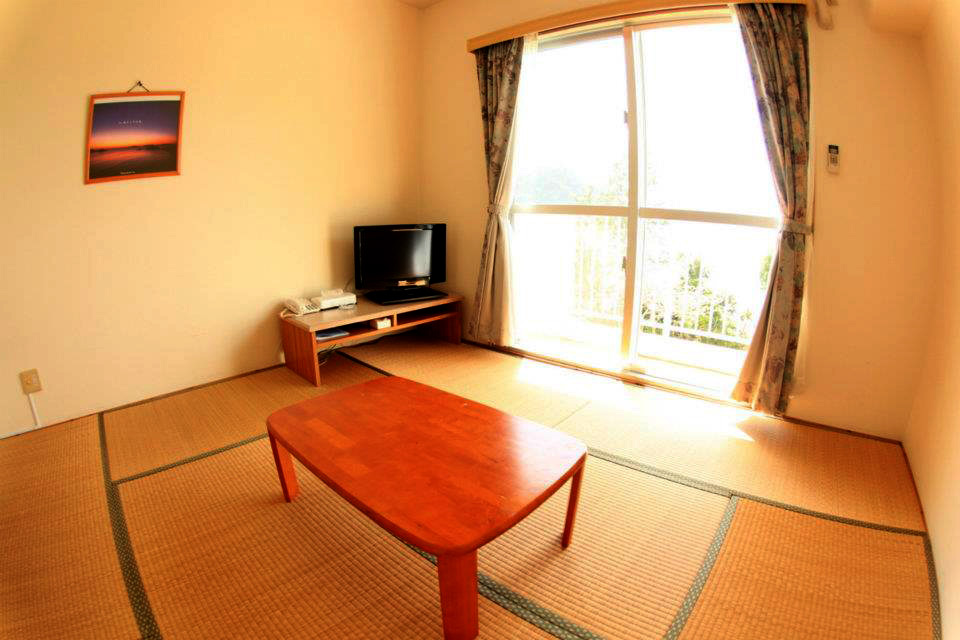 Tokashiku Marin Village room